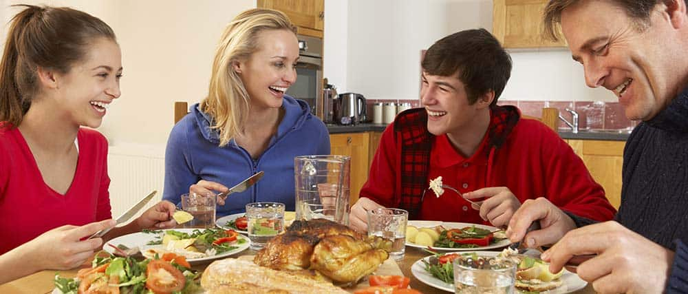 the benefits of the family dinner essay Family dinner had once been a sacred time how family dinner changed for the i knew that when families eat dinner together regularly, it benefits kids.